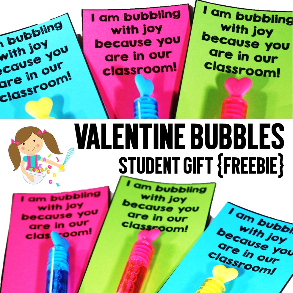 A quick and simple Valentine's Day student gift that does not involve sugar! Just add bubble tubes and print the freebie Valentine's Day cards that you can download in this blog post. Happy Valentine's Day!