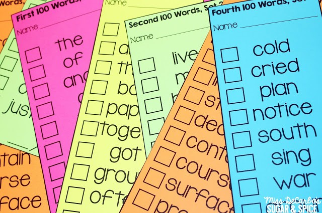 Assessment and Differentiation for Sight Word Recognition: Organization and classroom management ideas to make sight word assessment and practice simple and easy for teachers AND students! These sight word activities are student-friendly and help students master the first 500 Fry sight words!