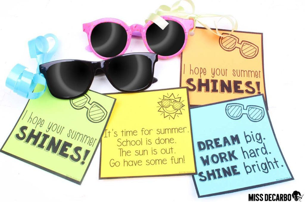 FREE gift tags for sunglasses or glow sticks at the end of the year! Three versions in black and white and color are included! These gift tags are perfect for teachers to use with their student gifts!